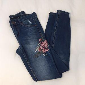Harper Detailed Skinny Jeans